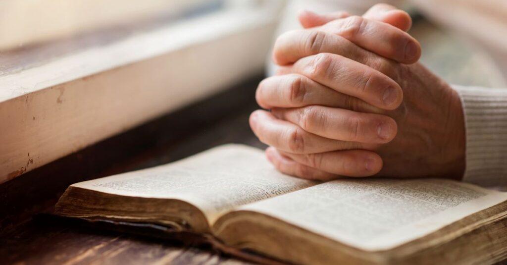 ¿Cómo podemos orar y aplicar la oración del rey David en nuestra propia vida?