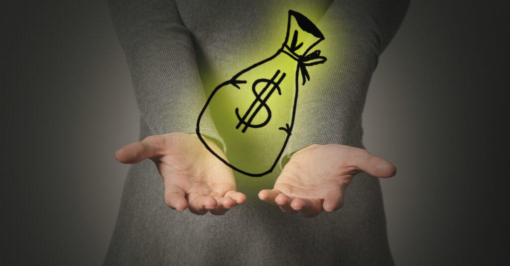 ¿Está bien orar a Dios por dinero?