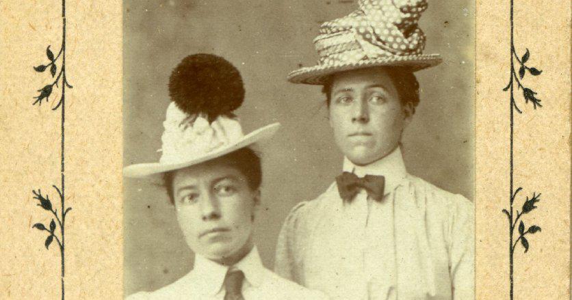 La otra gran historia de amor de Gertrude y Alice: la vida y el legado de la fotógrafa y ciclista pionera Alice Austen