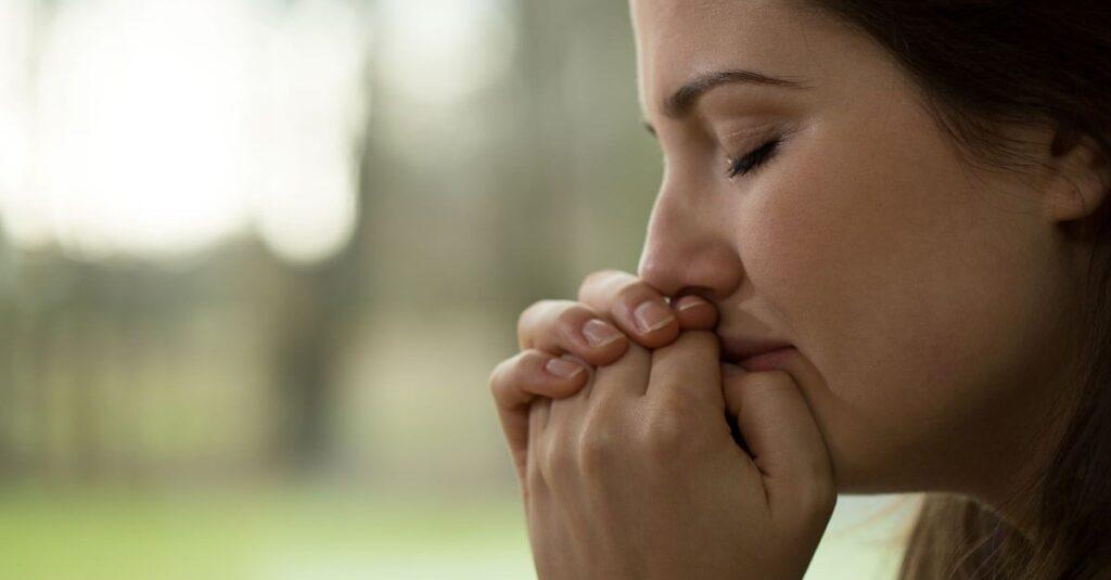 4 oraciones reconfortantes por la pérdida de una madre