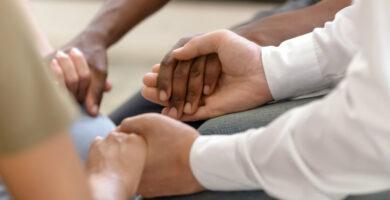 6 razones por las que debería participar en un grupo de oración