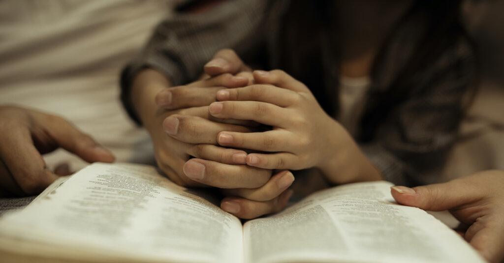 7 versículos para orar por tus hijos