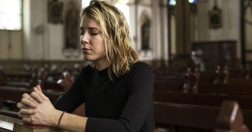 Cómo orar después de un aborto espontáneo