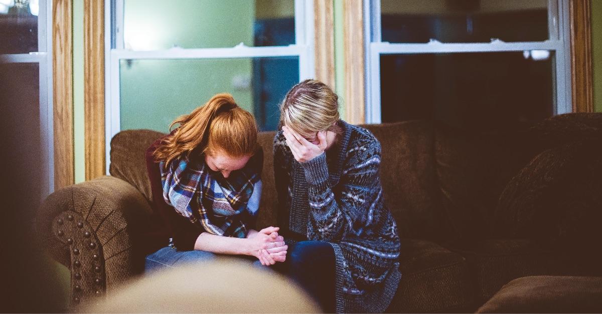 Pedir oraciones: cómo hacerlo sin sentirse culpable
